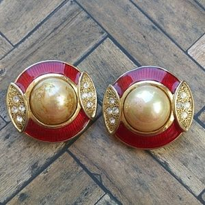 Circle round clip on earrings
